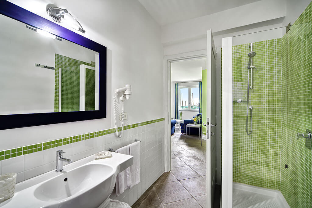 modern bathroom with shower, holiday apartment tosca