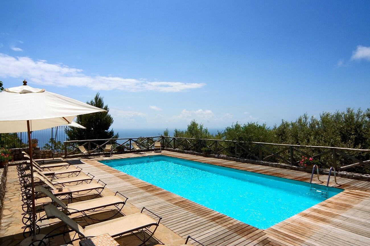 spacious ventilated solarium with panoramic sea views